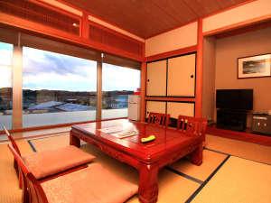 いわき新舞子ハイツ:■【和室】大きな窓からは新舞子の景色をお楽しみいただけます