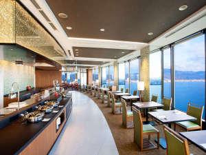びわ湖大津プリンスホテル:ビオナは37Fに位置し、高層階の眺望をお楽しみいただきながら、お召しあがりいただけます♪