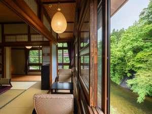 【木造本館・こだわり部屋】縁側からの景色もオススメです