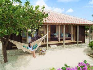 星のや竹富島:全室庭付きの戸建てプライベートヴィラ