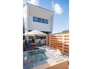 Private villa RESO南城~EDENの写真