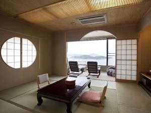 チェレステ小豆島:【禁煙☆バス・トイレ付 和室10帖】部屋からはエンジェルロードが望めます