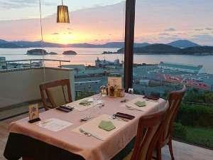 チェレステ小豆島:日の出時のレストラン