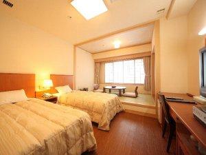 龍飛崎温泉 ホテル竜飛:和洋室の一例。床はフローリングで快適