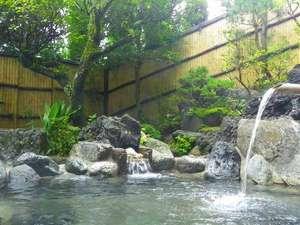 七沢温泉 中屋旅館:*【露天風呂】花見や紅葉をお楽しみいただけるかけ流し。とろみのある温泉は嬉しい美肌効果♪