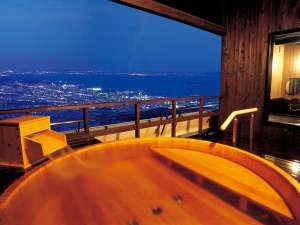 銀河伝説煌めく天空の宿 天の丸(てんのまる):4階の露天風呂から見る夜景は感動の一言!