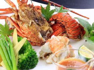北郷 音色香の季 合歓のはな:3月末までの期間限定!伊勢海老会席一例。旬の贅沢な美食プランです。