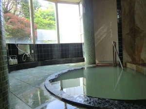 岩室温泉 割烹旅館 松屋:一日3組のみ、源泉かけ流しの霊雁の湯とご家族風呂は貸切無料で空いていれば何度でもご利用ください
