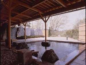 浪漫の館 月下美人:露天風呂にてゆったりとお寛ぎください。