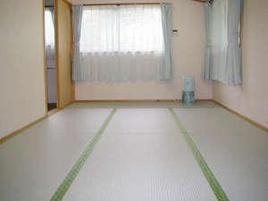 各棟にBBQ設備と温泉付き 温泉コテージ桜の丘: 広々~♪お部屋一例