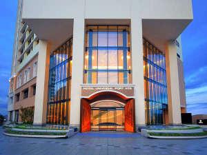 ホテル ユニバーサル ポート ヴィータ[2018年7月15日開業]:ホテルエントランス