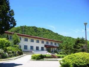 休暇村 茶臼山高原 外観