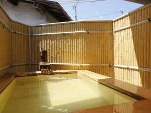 料理旅館 鳥喜:【貸切風呂】「天橋立温泉」の半露天風呂