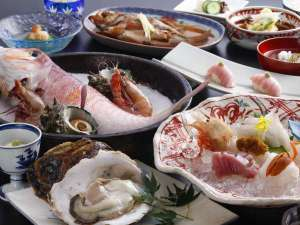 料理旅館 鳥喜:海鮮スペシャル/一例(夏)