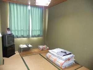 ビジネスホテル新富士(本館・東館):本館和室1名様