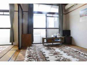 キッチン・民宿つどい:12畳和室。