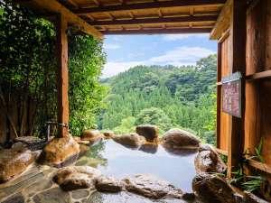 渓谷の宿 二匹の鬼 :九酔渓を望む露天風呂をごゆっくりとお楽しみください/例