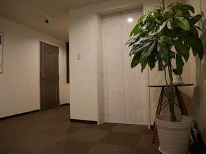 ビジネスホテル伊勢崎ファースト・イン:館内エレベーター