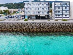 Mr.KINJO in MOTOBU OCEAN TERRACE<本部町>の写真