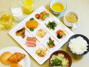アパホテル<札幌すすきの駅西>:THE BREAKFAST アパホテル直営レストランの朝食