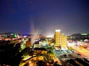 もと湯の宿 黒田や:ラウンジ『満天望』からの夜景。宿泊者は50%OFF券配布!