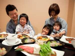 もと湯の宿 黒田や:ご夕食は「個室」でゆっくり(懐石料理)。家族団欒の一時をお過ごし下さい。