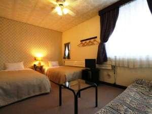 草津温泉わたの湯 ペンション.リシュモン:明るく清潔な客室。お部屋を繋げることもできます。