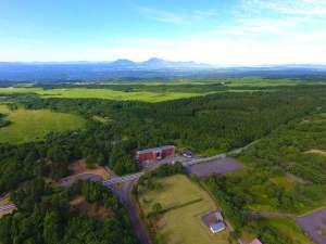 ザ ガンジー ホテル&リゾート:施設周辺には、壮大なくじゅう高原が広がります。