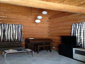 車山高原 岩風呂温泉がある宿 ライフイン夢&別棟ログハウス