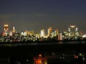 新大阪ホテル:淀川を挟んで見えるのは梅田方面のパノラマ夜景☆