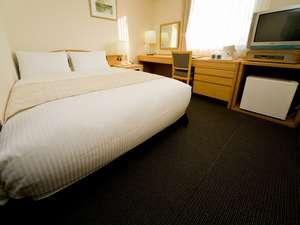 新大阪ホテル:お部屋の一例・・16㎡セミダブルルーム
