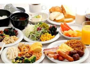 新大阪ホテル:朝食バイキング盛り付け例 がっつり食べて思いっきり大阪を満喫