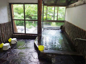 上塩原温泉 源泉かけ流し100%「しわけしの湯」和楽遊苑:*【温泉】「しわけしの湯」として親しまれております。美肌効果を実感してみてください。