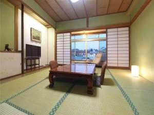 草津温泉 松乃井旅館:本館和室8畳+広縁タイプ