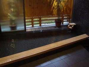 花あかりの宿 柳屋:半露天風呂源泉かけ流し温泉