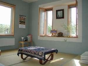 ペンション 麦 (ばく):家族連れに適した和室です。