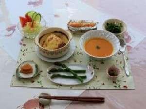 ペンション 麦 (ばく):夕食の一例