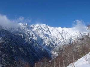 あんきな宿 宝山荘別館:冬の晴れ間は絶景です。