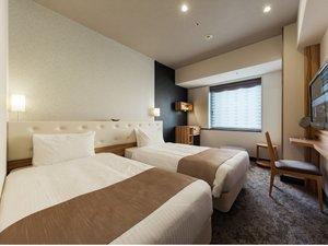 【スーペリアツインルーム】2018年新登場!シモンズ社製のベッドで快適な睡眠を。
