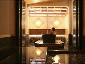 游心楼 山へい:二つの浴槽のついた貸切風呂♪プライベートでゆっくりご入浴ください♪