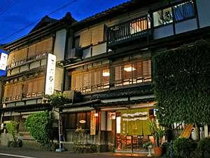 丹後・宮津の旬 海の幸が楽しめる 木造3階建ての宿 茶六本館の写真