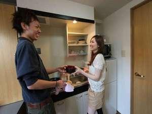 Le palais(ル・パレ) 上前津みなみ:キッチン(IH1口)冷蔵庫・オーブンレンジ・炊飯器・電子ポット・調理器具・食器類等