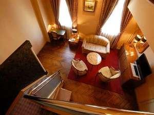 岐阜キャッスルイン:メゾネットスィートルーム(1Fリビング、2Fベットルームと、特別な空間でお過ごしいただけます)