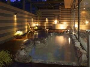 ヤングイン高松:徒歩1分の本館の露天風呂