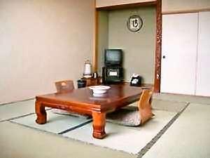 湯元尾岱沼温泉シーサイドホテル:野付湾を一望できる和室