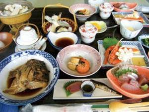 【松茸料理付き会席】旬の香り高い松茸をご堪能ください。