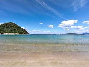 ■萩絶景スポット「菊ヶ浜」/当館からは徒歩1分。白砂・青い海・波音が癒してくれます♪