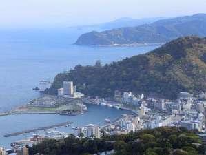 ホテルから相模湾を望めます。