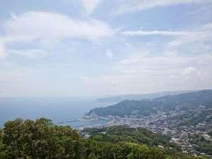 伊豆山標高361メートルからの風景をお楽しみください。