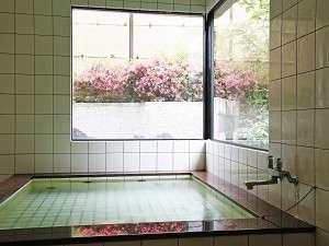 ペンション&コテージ リゾートイン湯郷:うれしい24時間利用OKのお風呂はもちろん温泉★